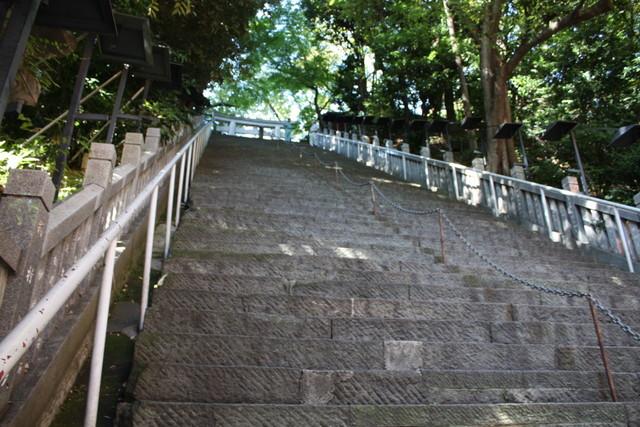 30愛宕神社の階段